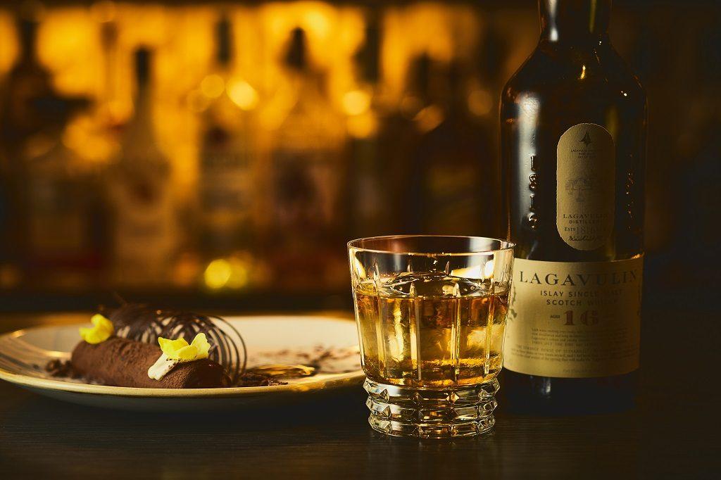 濃厚なチョコレートとスコッチの香り高さが絶妙にマッチします