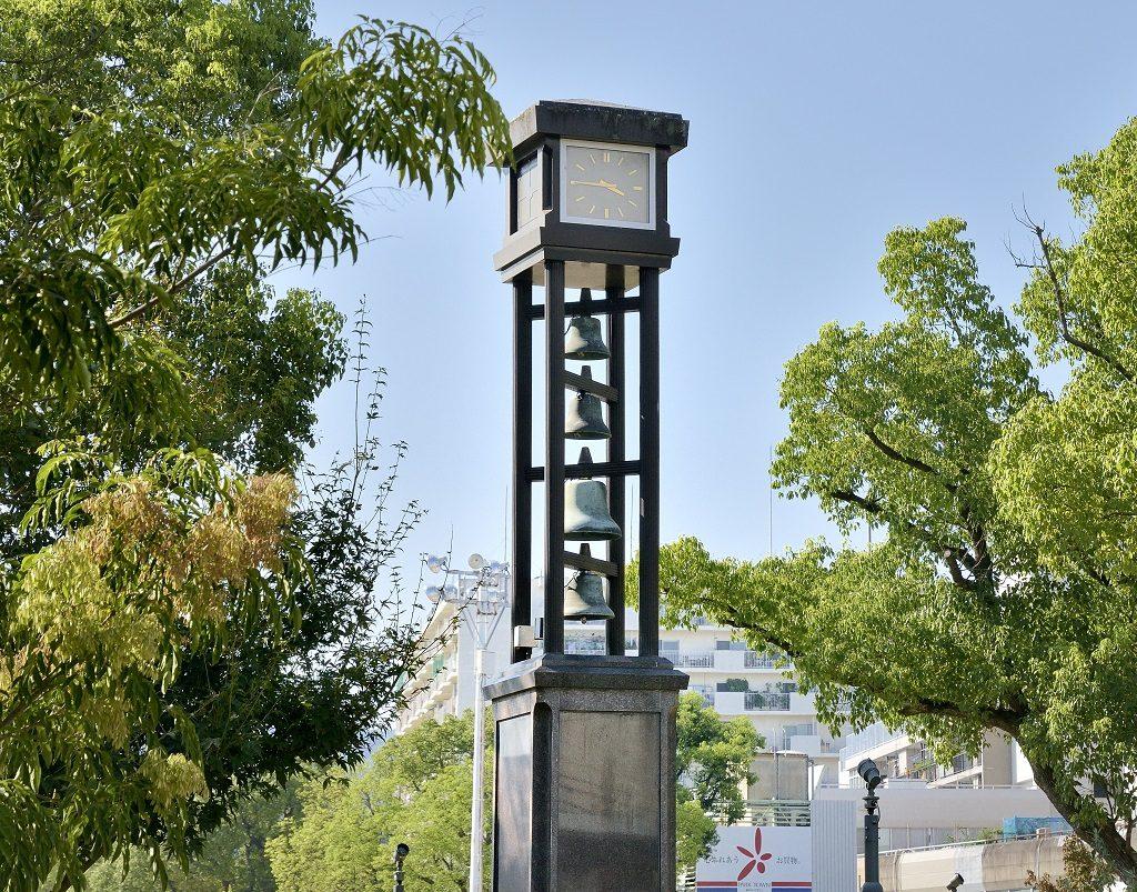 湊川公園カリヨン時計塔