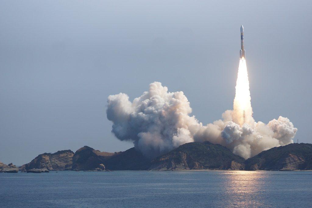ロケットが飛ぶ仕組み