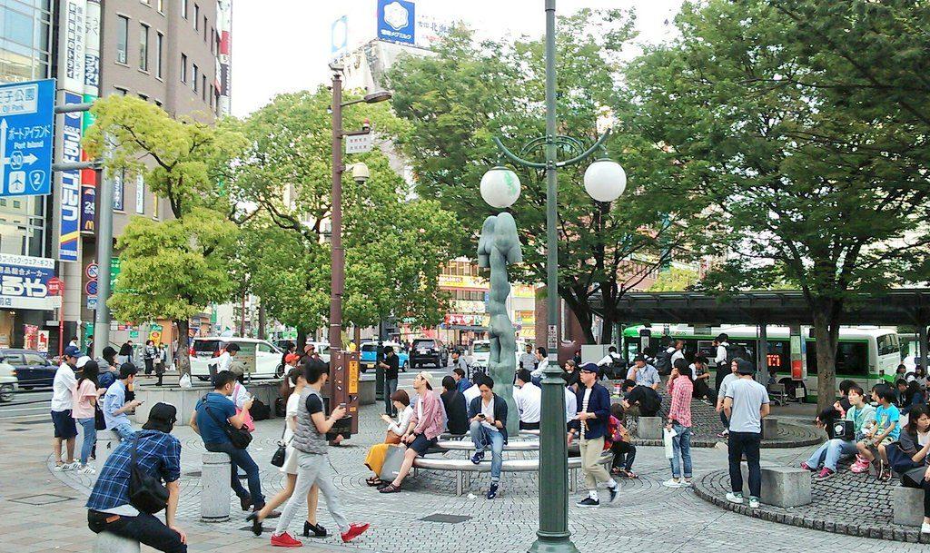 神戸三宮閉鎖中のパイ山